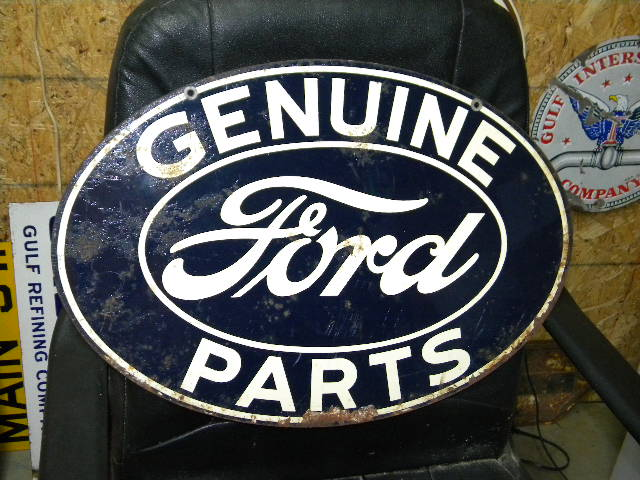 photo old ford genuine parts dst tin sign. Black Bedroom Furniture Sets. Home Design Ideas