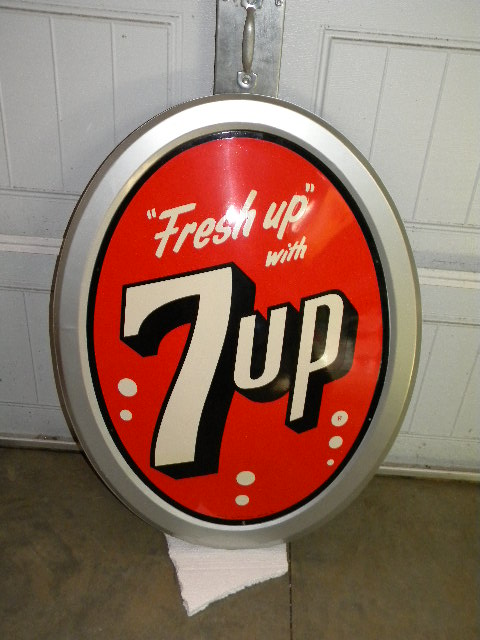 $OLD 7 UP Vertical Bubble Sign Very Nice