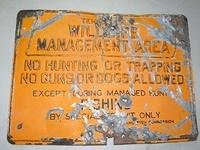 $OLD Old Tennessee Wildlife Embossed tin Sign